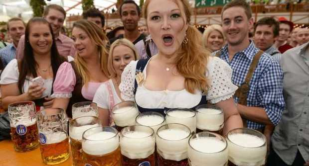 Gita all'Oktoberfest con tentato furto: tre giovani di Angri arrestati in Germania